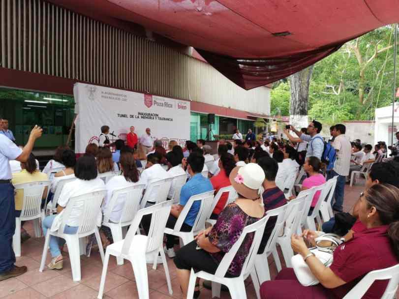 Túnel 2.0.  Audiencia visita el Ayuntamiento de Poza Rica, Veracruz.